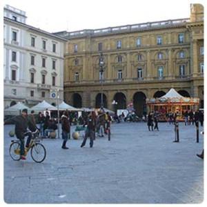 Defibrillatori semi automatici per luoghi pubblici, distribuzione capillare in tutto il nord italia